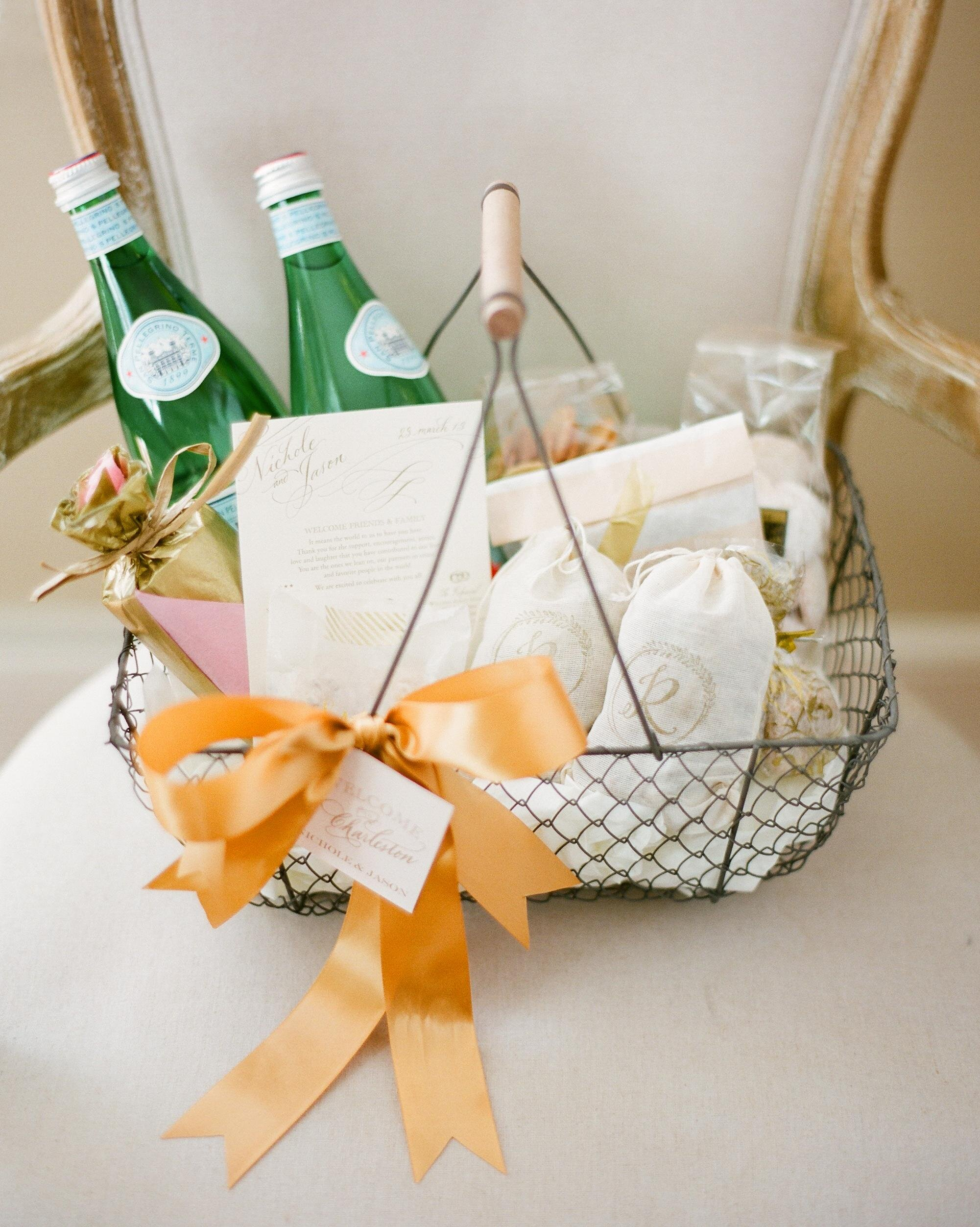 5 Steps For Assembling Welcome Bags That Wow For Wedding Guests