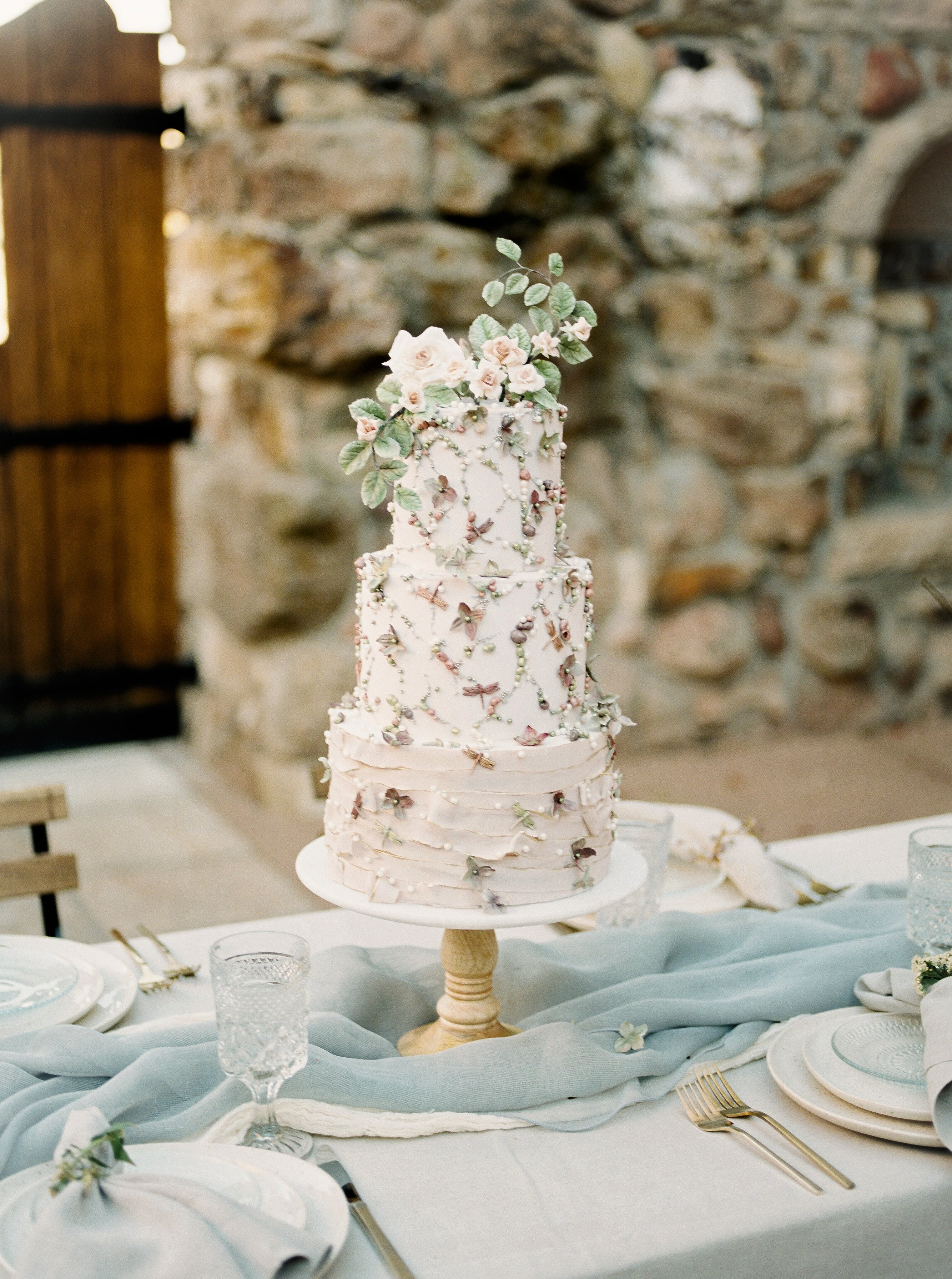 From Start To Finish Here S How Wedding Cakes Are Made Martha