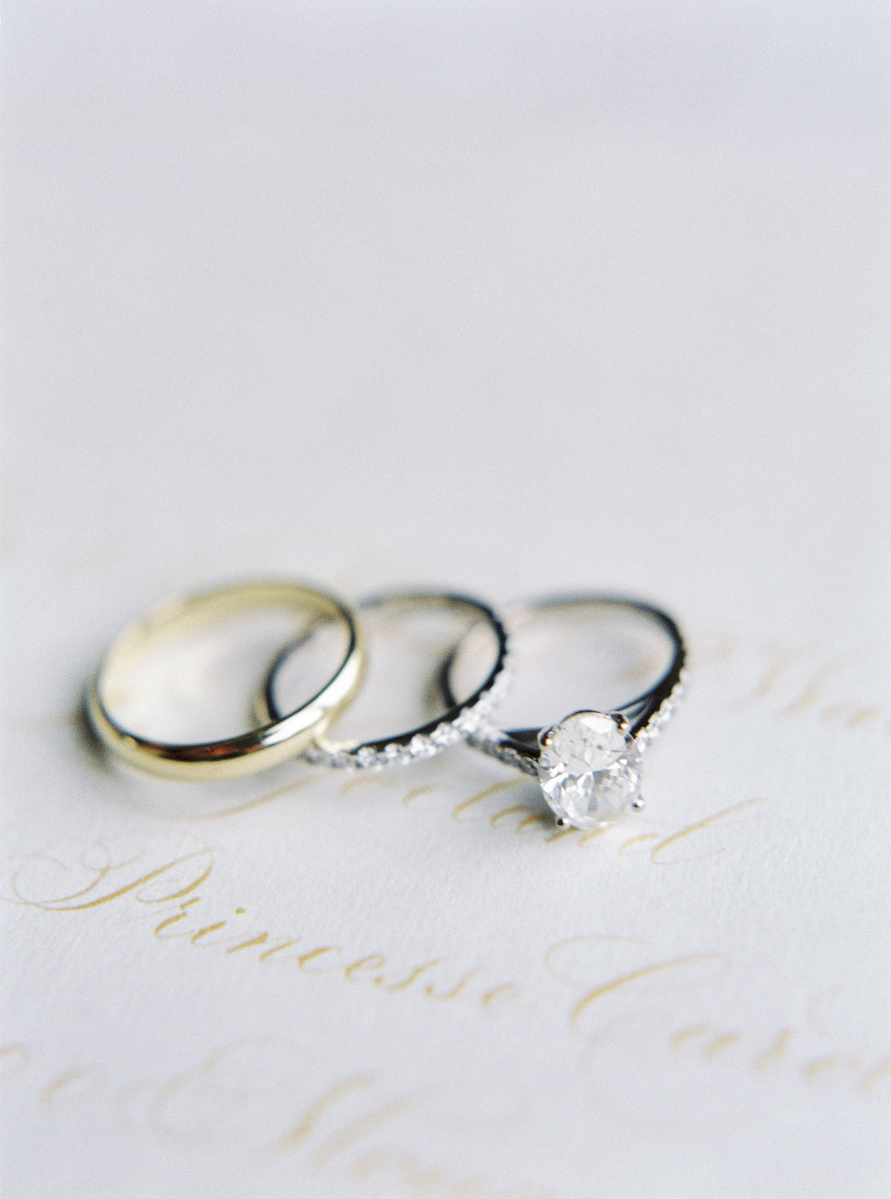 Four Alternatives To A Traditional Wedding Ring Exchange Martha