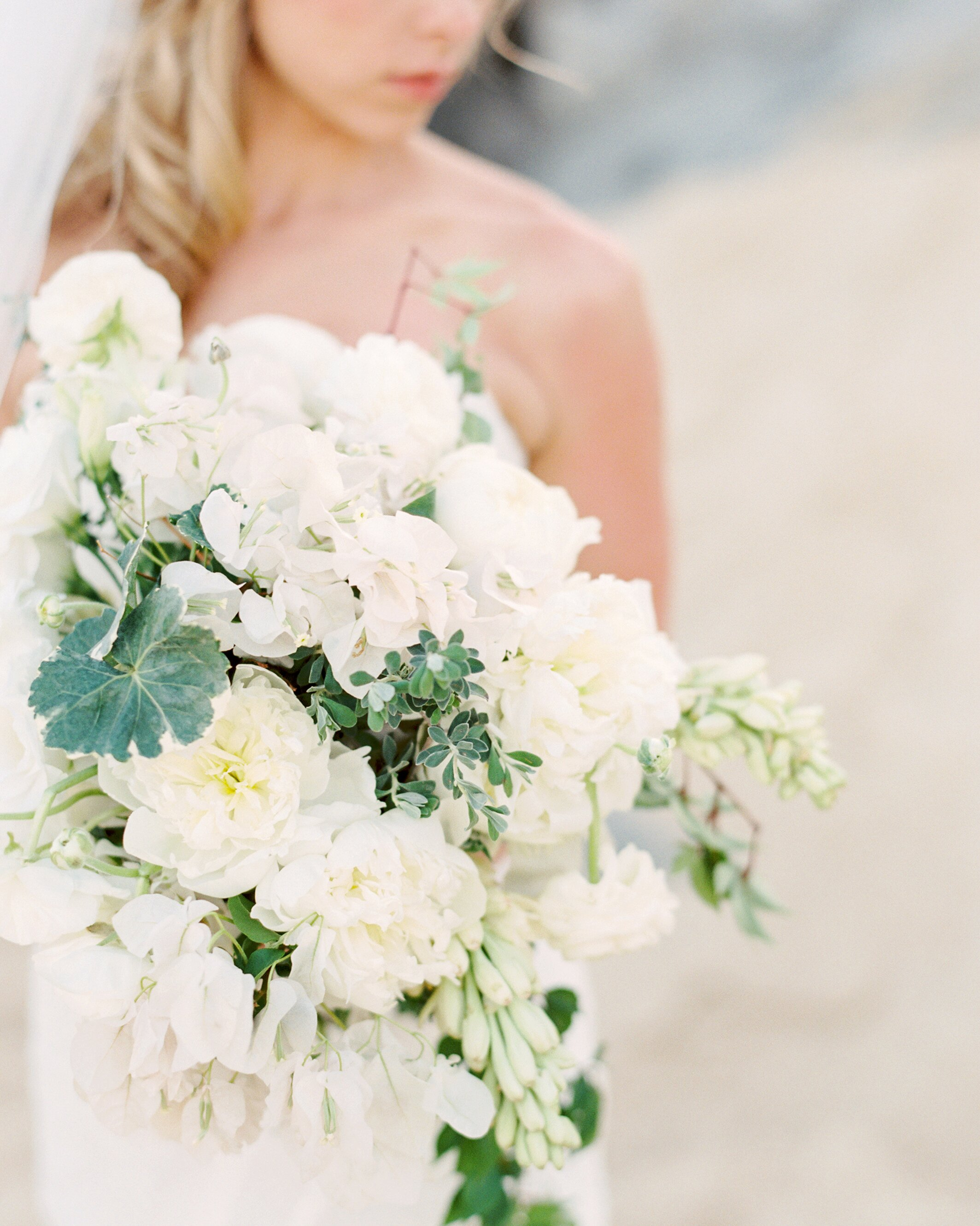 11 Lucky Flowers To Include In Your Wedding Arrangements Martha