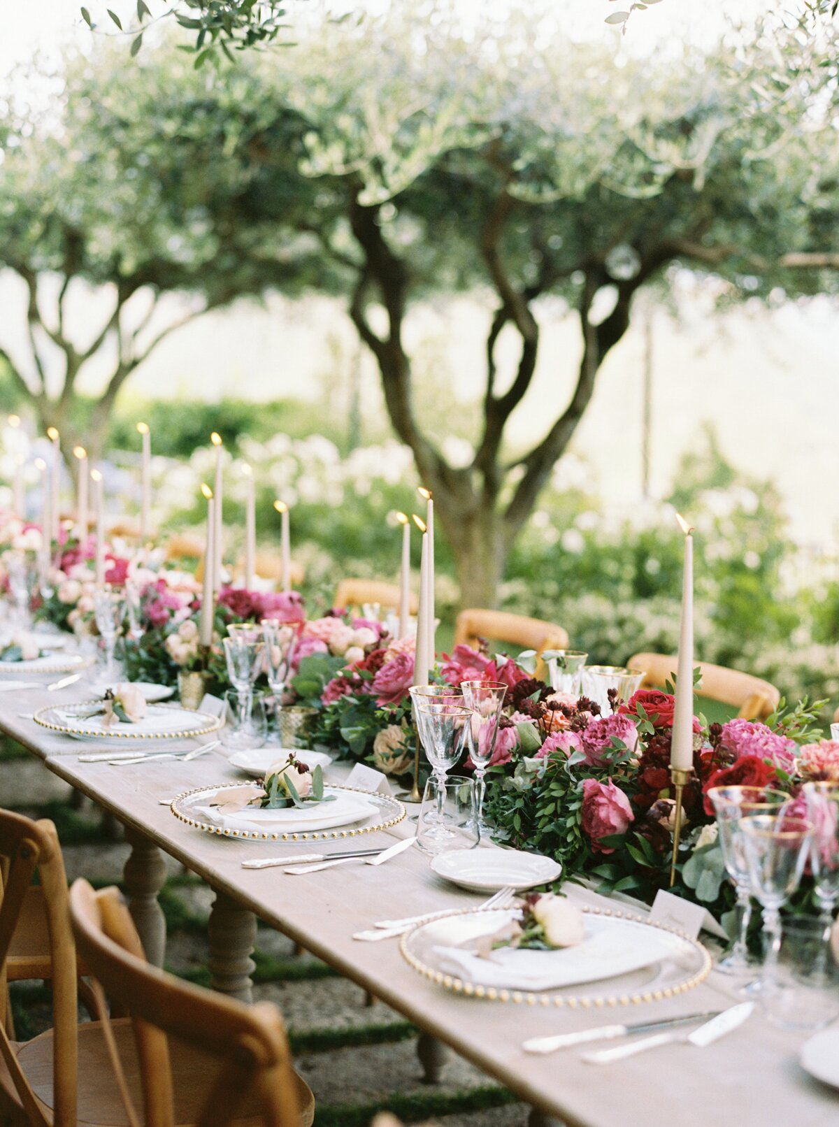23 Candle Centerpieces That Will Light Up Your Reception | Martha ...