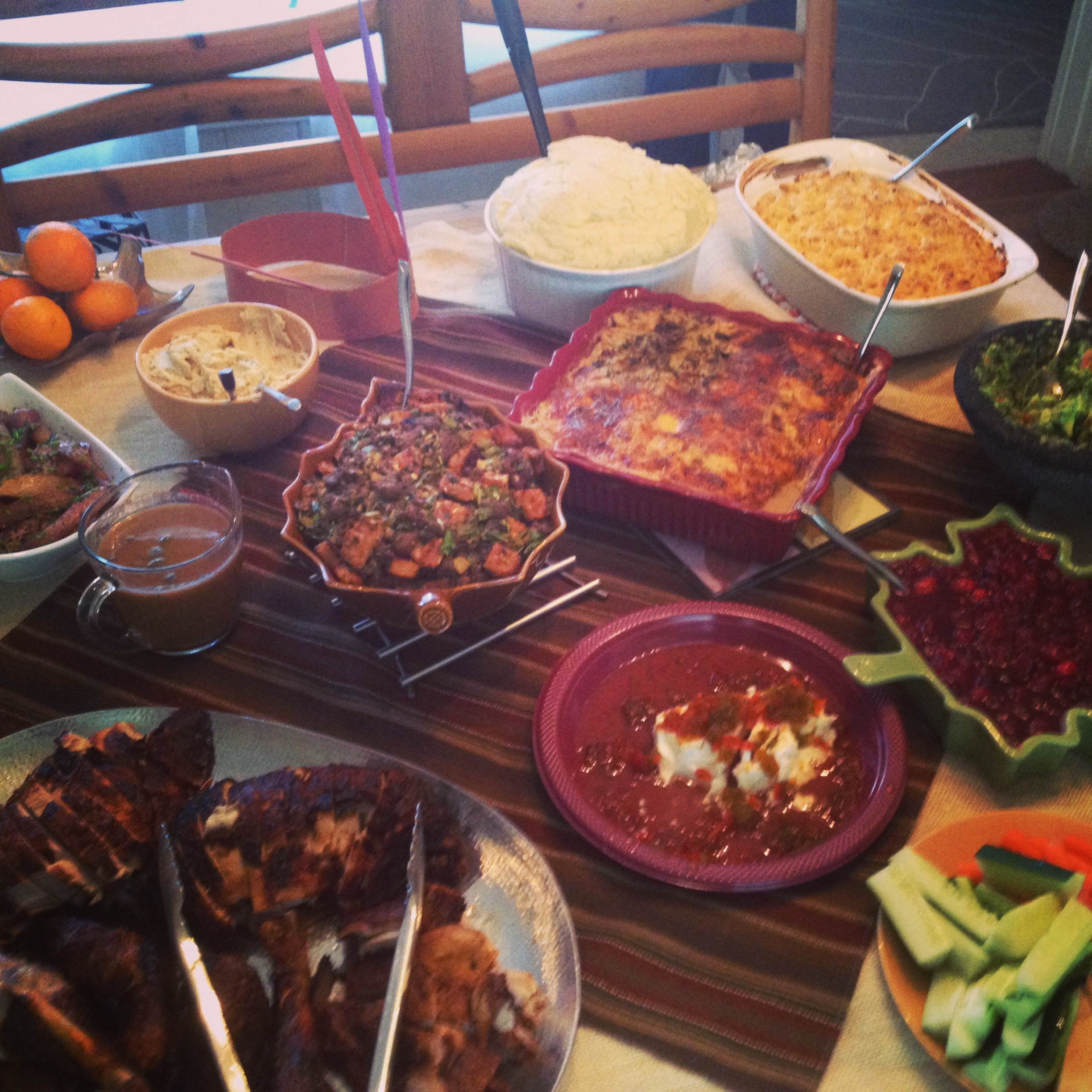 The Hickman Family Thanksgiving table