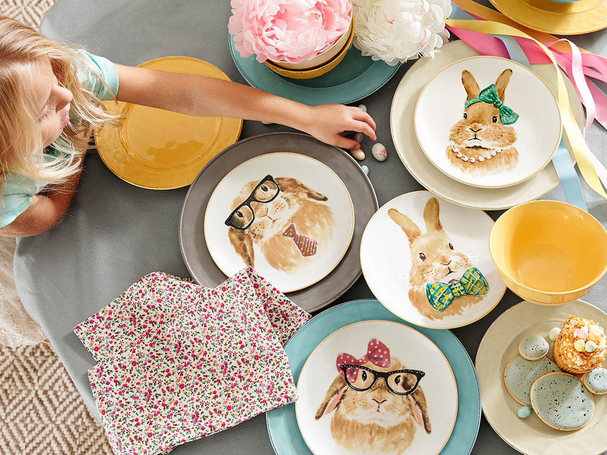 Easter Bunny Face Salad Plate Set