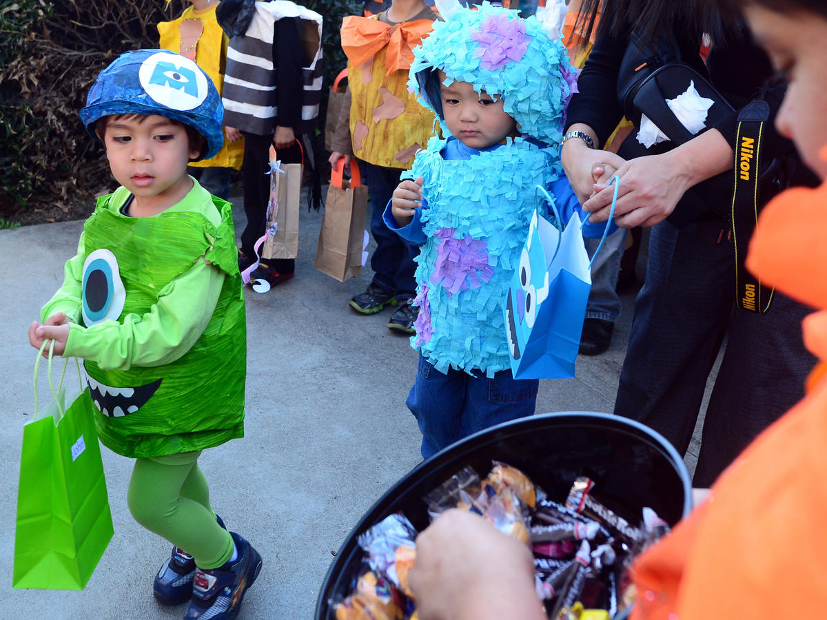 Costumes and Trick or Treating