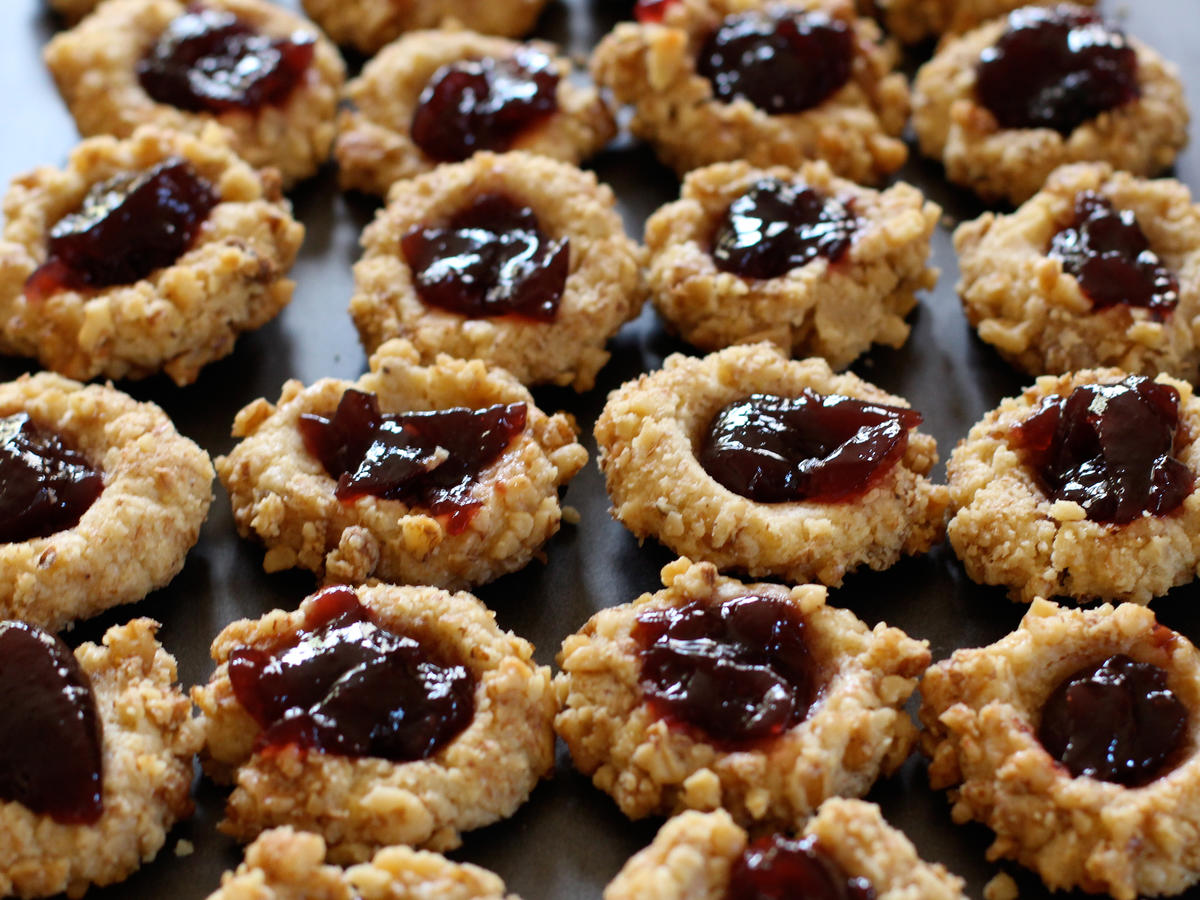 Peanut Butter Thumbprint Cookies
