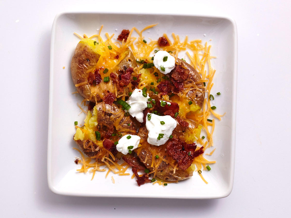 Air Fryer Loaded Baked Potatoes