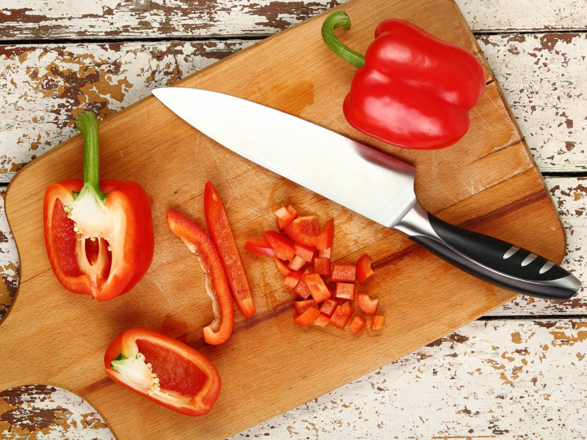 Slicing Bell Peppers