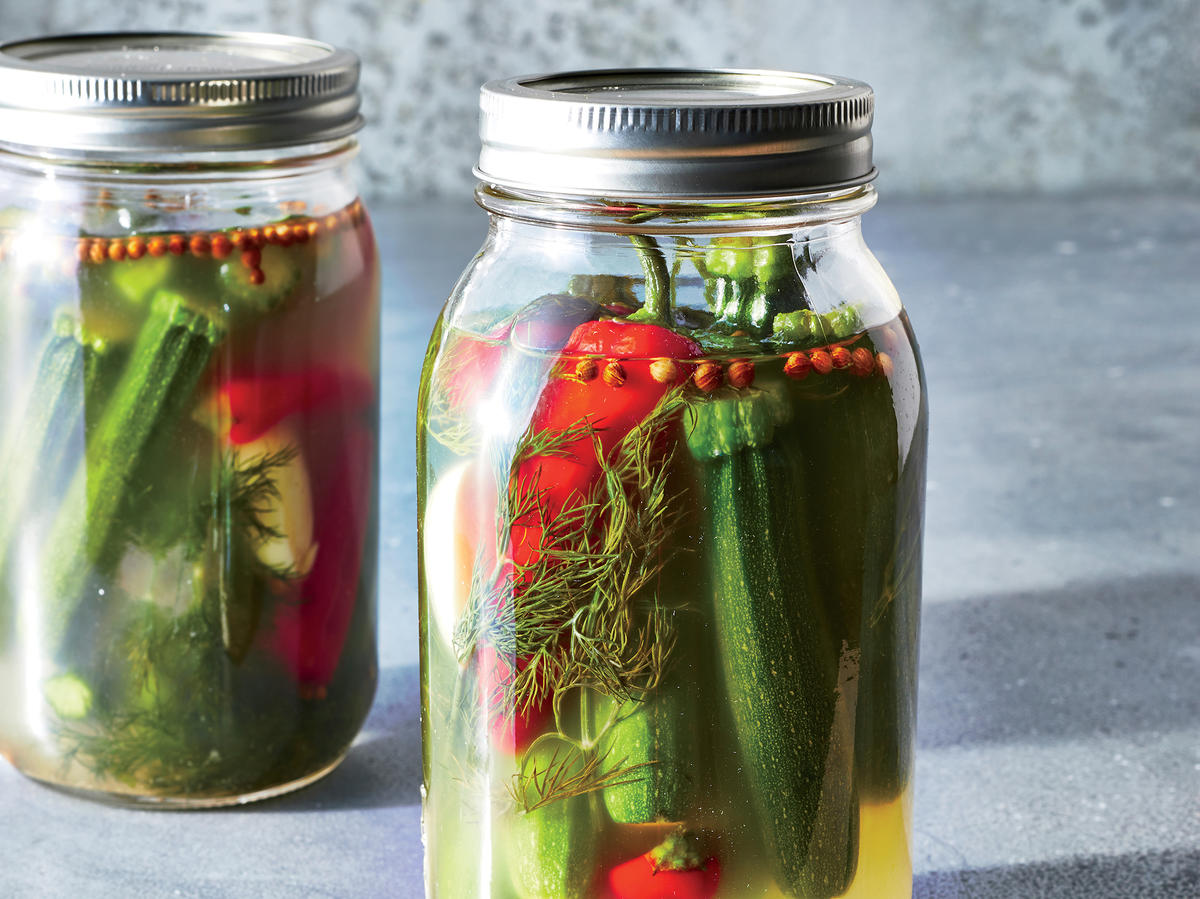 1806 Magazine: 3 Steps to Delicious Baby Zucchini Pickles