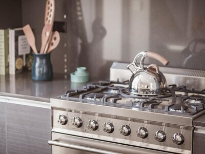 Experts Say September Is A Good Time To Buy Dishwashers Range Ovens On Sale Cooking Light