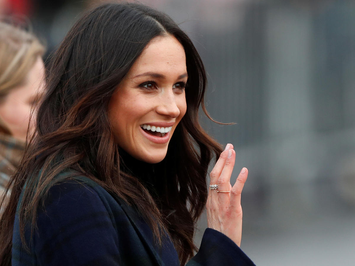 1809w-Meghan Markle Wave Evergreen