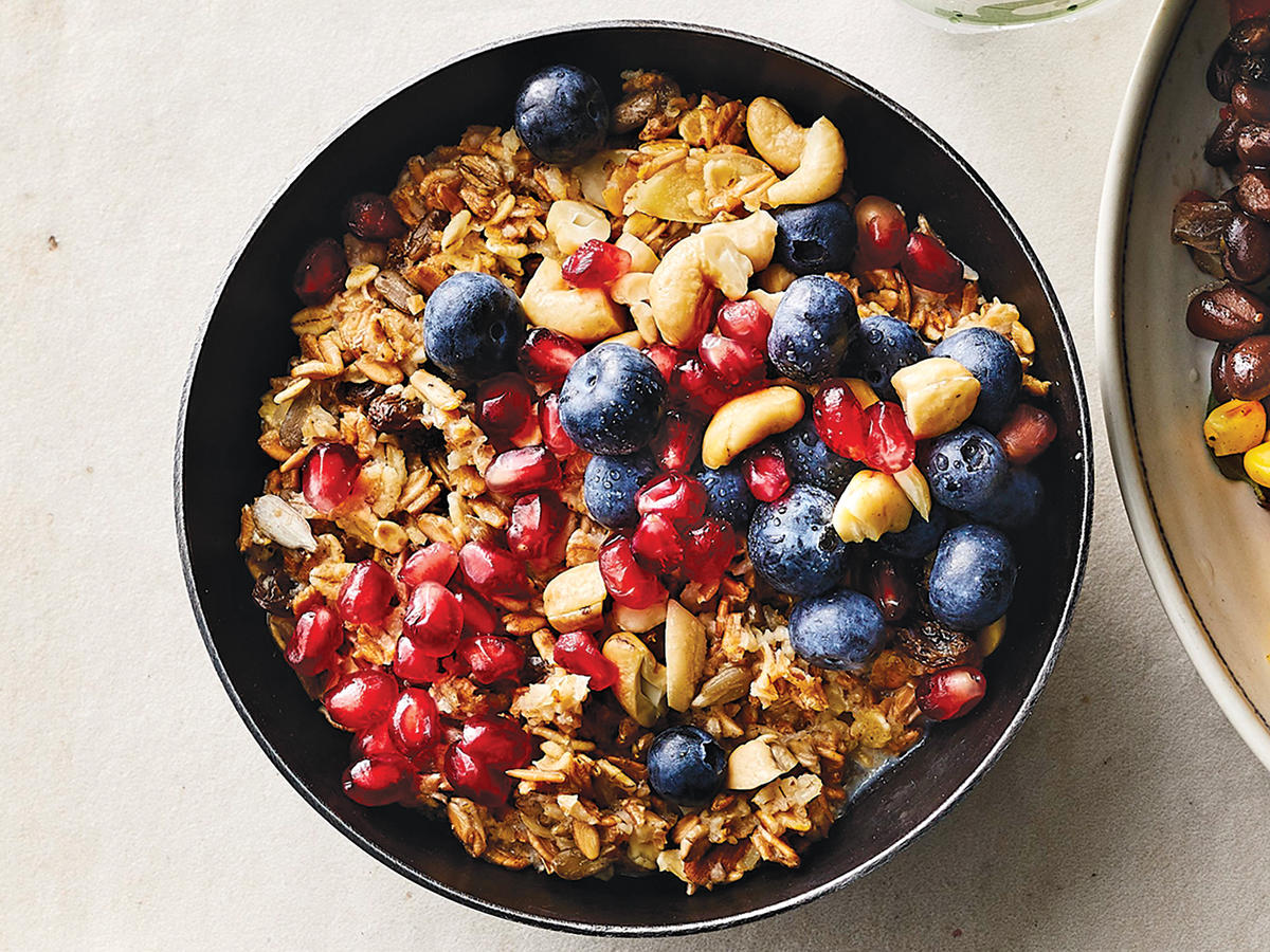 Hot Muesli with Pomegranate, Blueberry, and Cashew Crunch