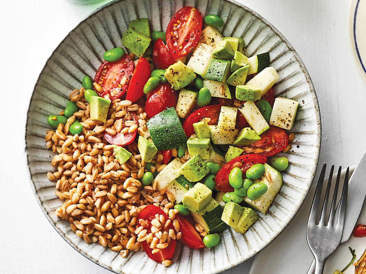 Day 2 Lunch: Zucchini Salad With Farro and Tahini-Lemon Dressing