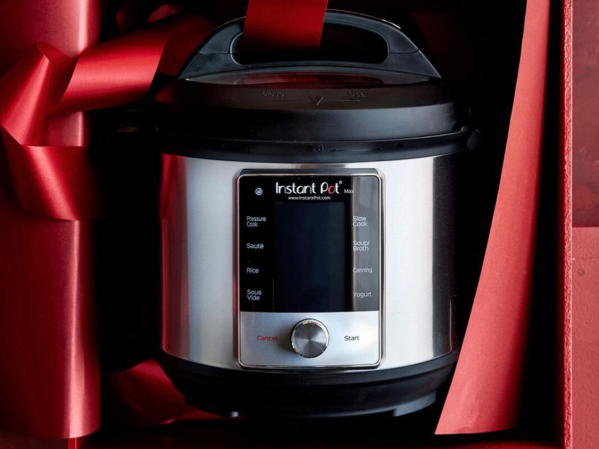 1812w 14 Williams Sonoma Holiday Deals You Don't Want to Miss Instant Pot