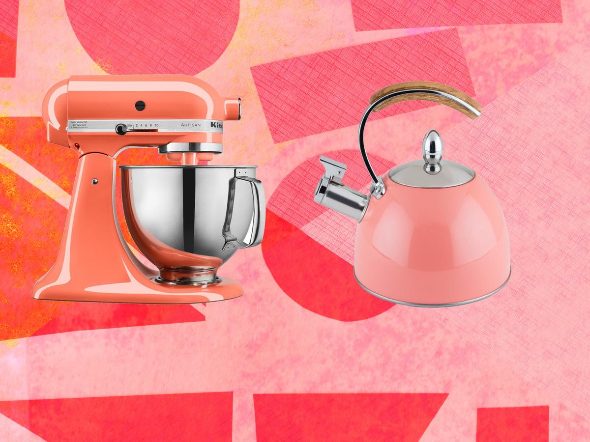 1812w In Honor of Pantone's 2019 Color of the Year, Here Are 6 Coral-Colored Kitchen Items Header