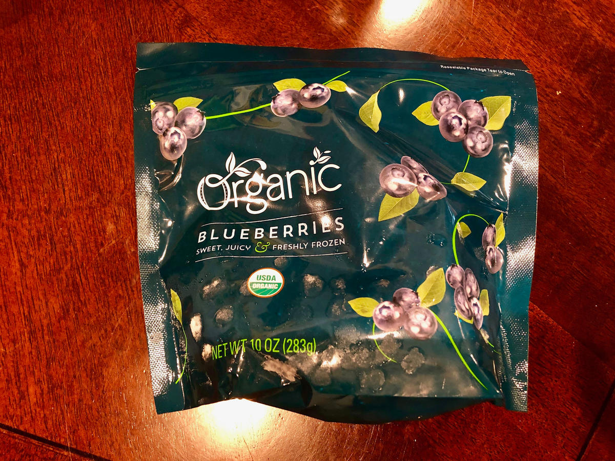 1901w-Organic-Blueberries.jpg