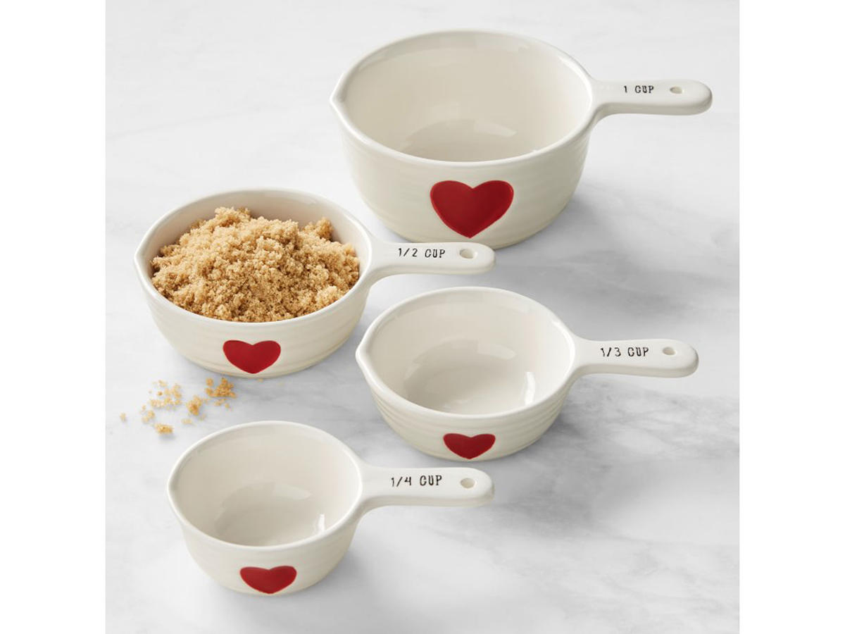 1902w heart measuring cups