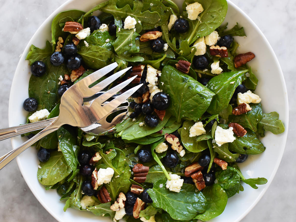 Blueberry Salad With Toasted Pecans and Feta