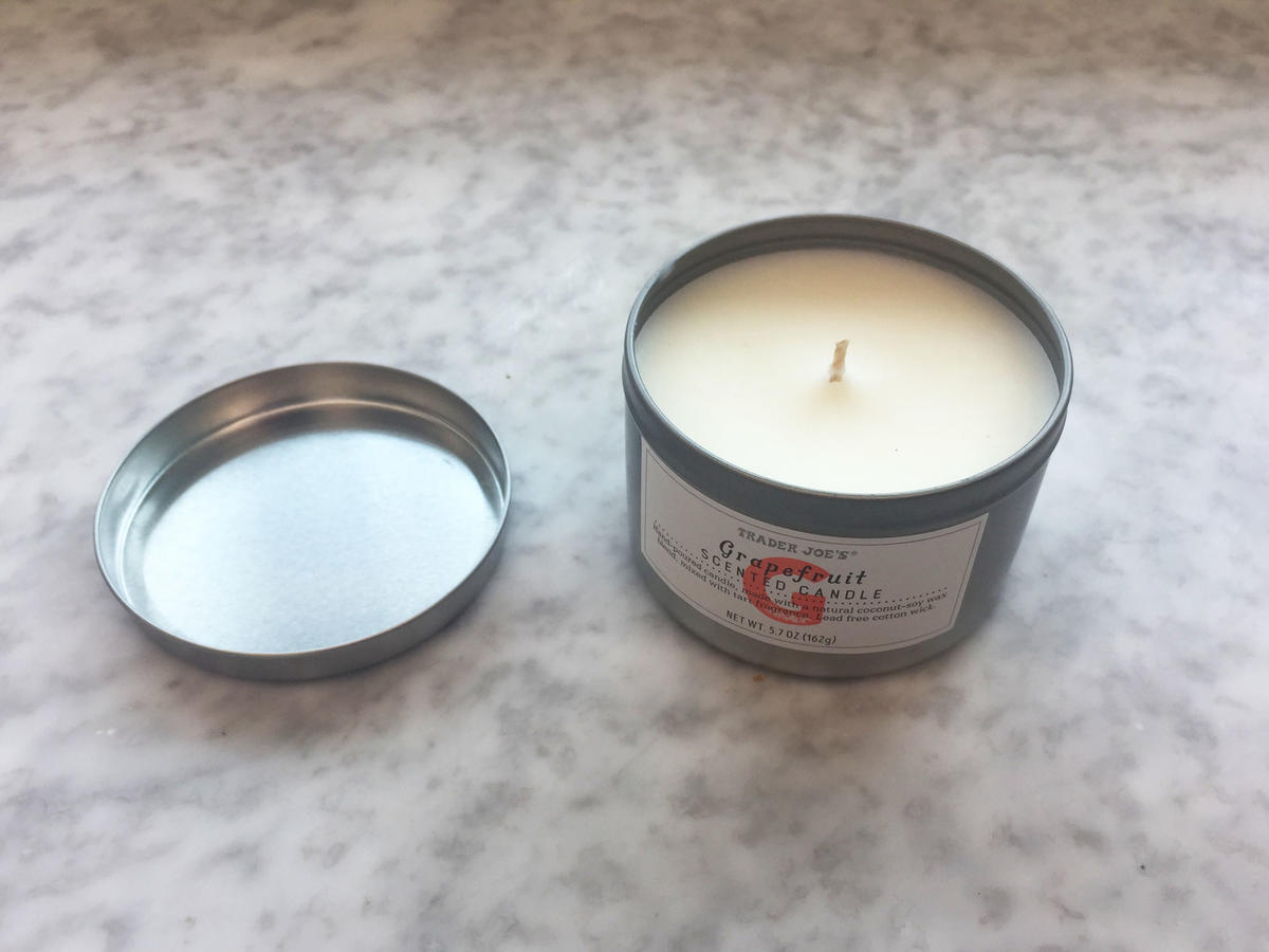1904w Trader Joe's Grapefruit Candle