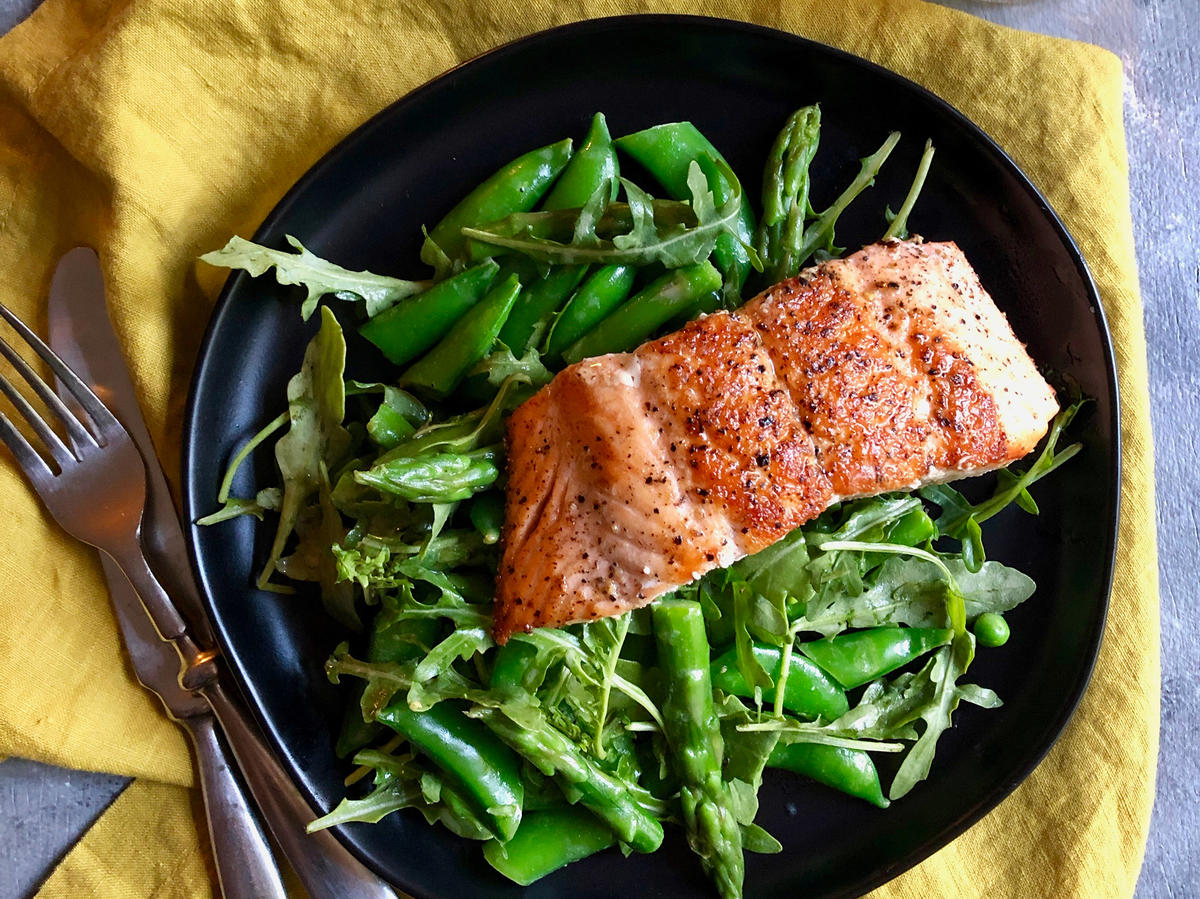 Crispy Salmon With Asparagus And Sugar Snap Salad
