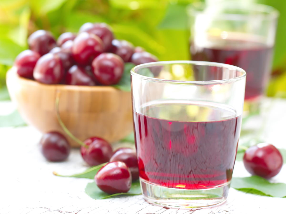 1907w Tart Cherry Juice for Brain Health.jpg