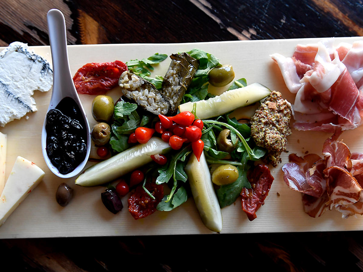 charcuterie-board-meats-cheeses-plater-tout-FT-BLOG0120.jpg