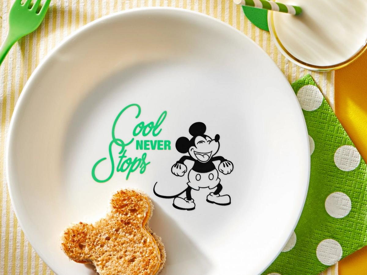 Green 8.5Mickey Mouse - Cool Never Stops Salad Plate.jpg