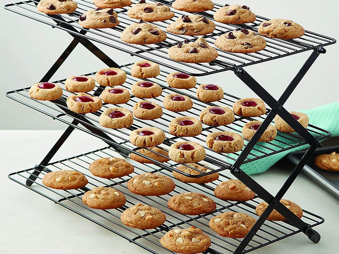 Wilton Collapsible Cooling Rack tout