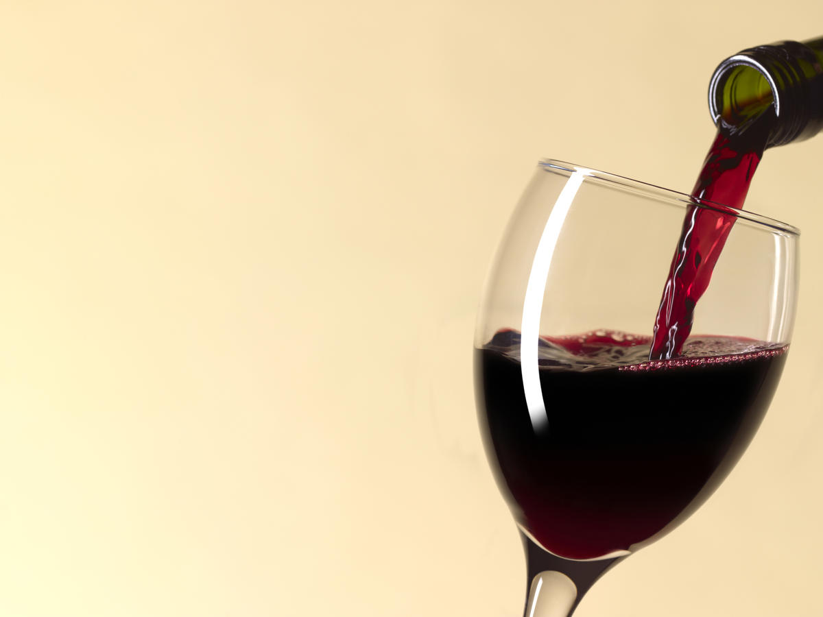 How Many Glasses of Wine Are In a Bottle?