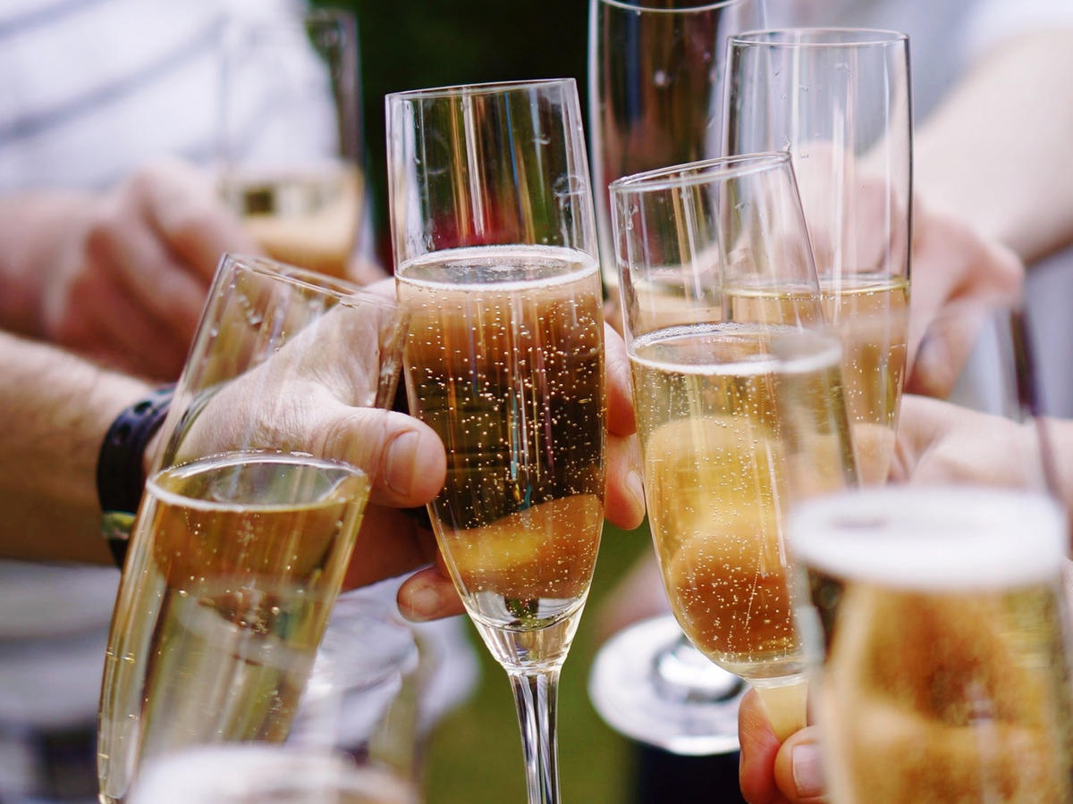 Learn How to Buy Sparkling Wine that Isn't Champagne—But Is Just As Good