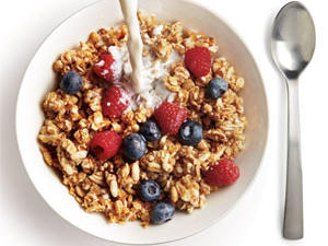 1105p56-breakfast-cereal-berries-m.jpg