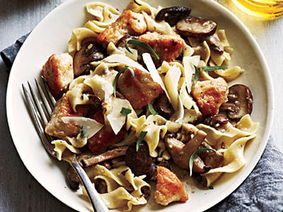 1211p46-chicken-mushrooms-garlic-wine-sauce-l.jpeg
