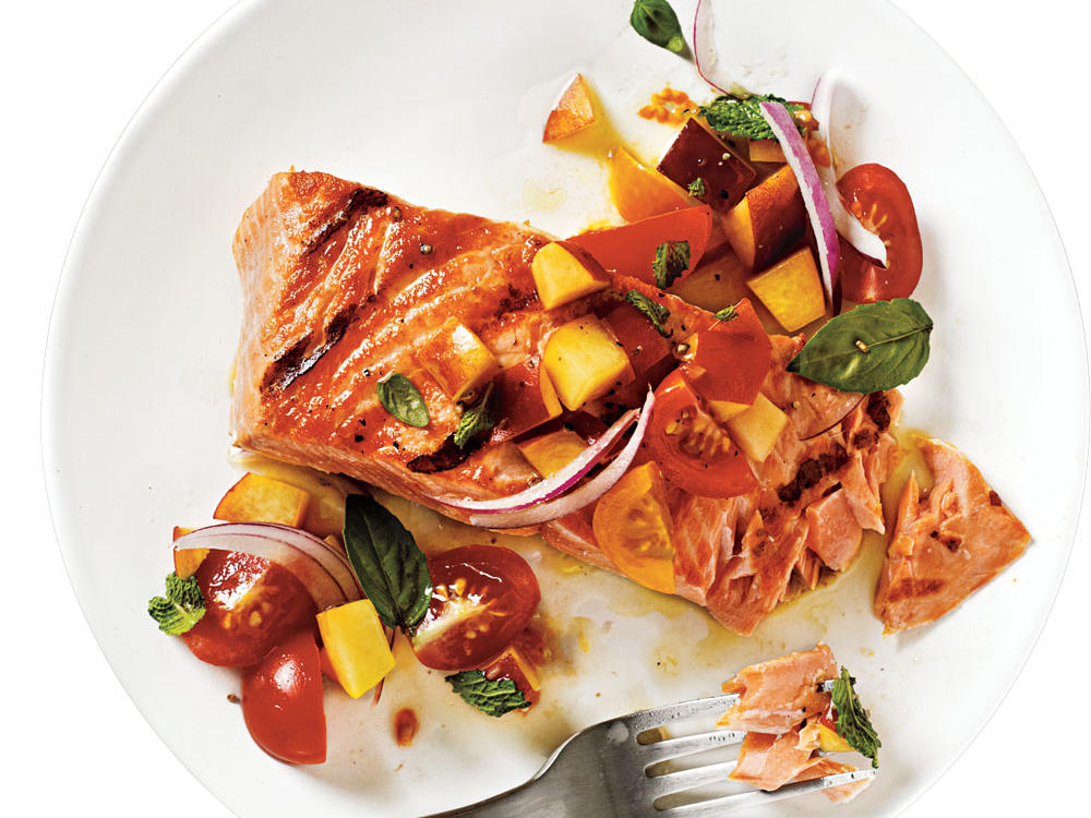 1107 Grilled King Salmon with Tomato-Peach Salsa