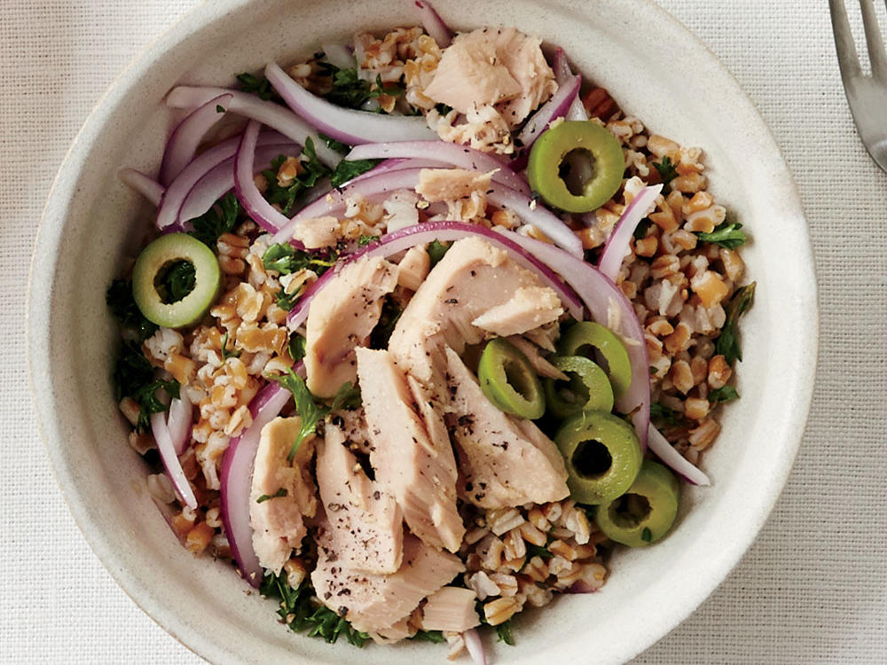 Tuna, Olive, and Wheat Berry Salad