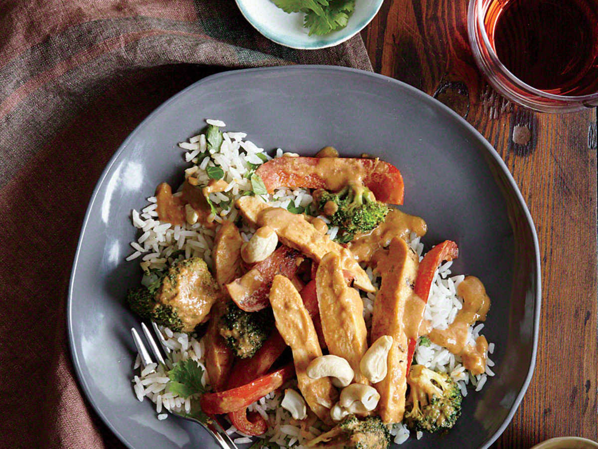 Chicken Stir-Fry with Peanut Sauce