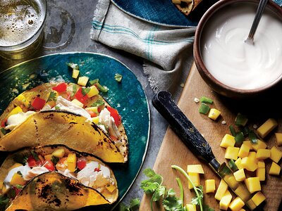 Shredded En Tacos With Mango Salsa Recipe