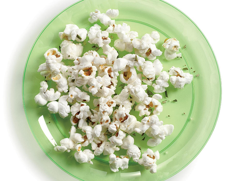Day 3 Cleanse: Snack-Rosemary Popcorn