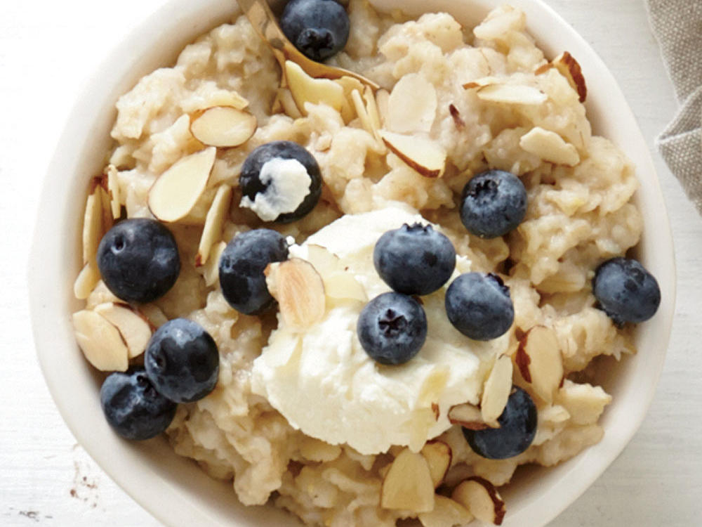 Lemon-Blueberry with Mascarpone Oatmeal