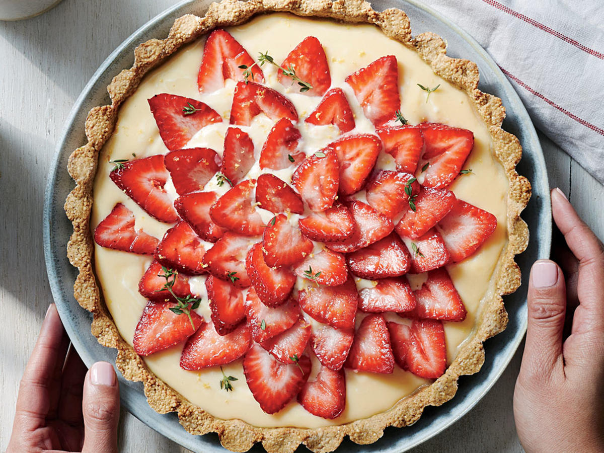1604 Strawberry Tart With Quinoa-Almond Crust