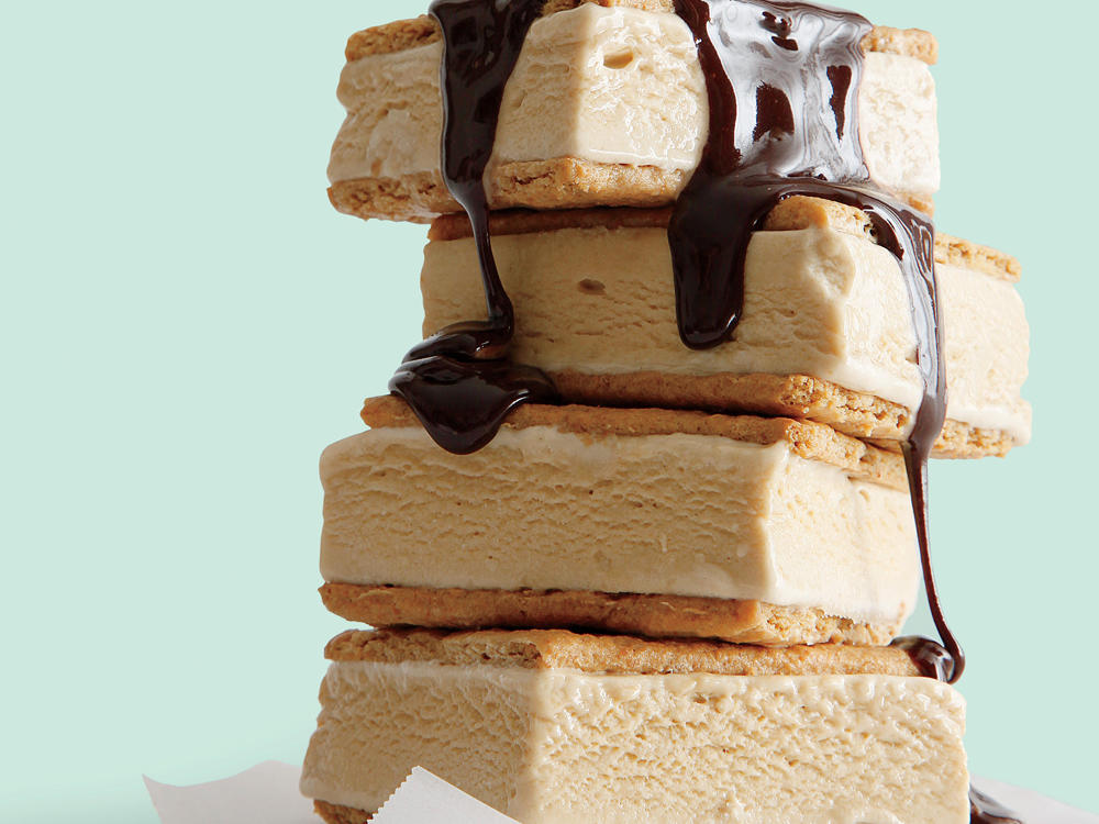 Drippy: S'mores Ice-Cream Sandwiches