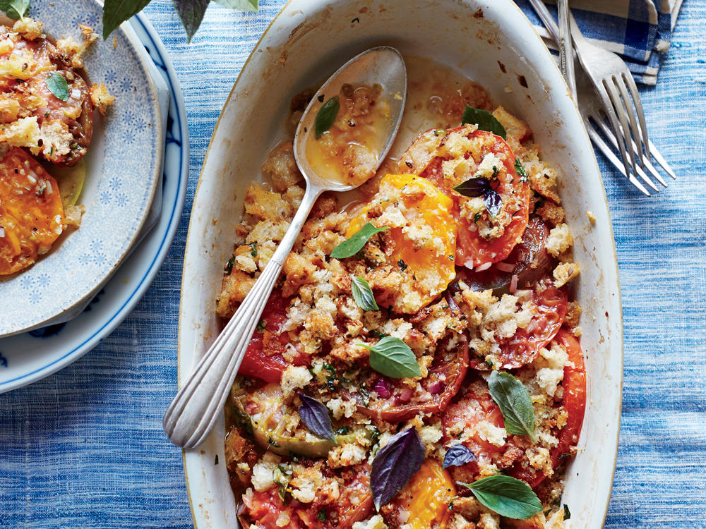 Ripe Summer Tomato Gratin with Basil