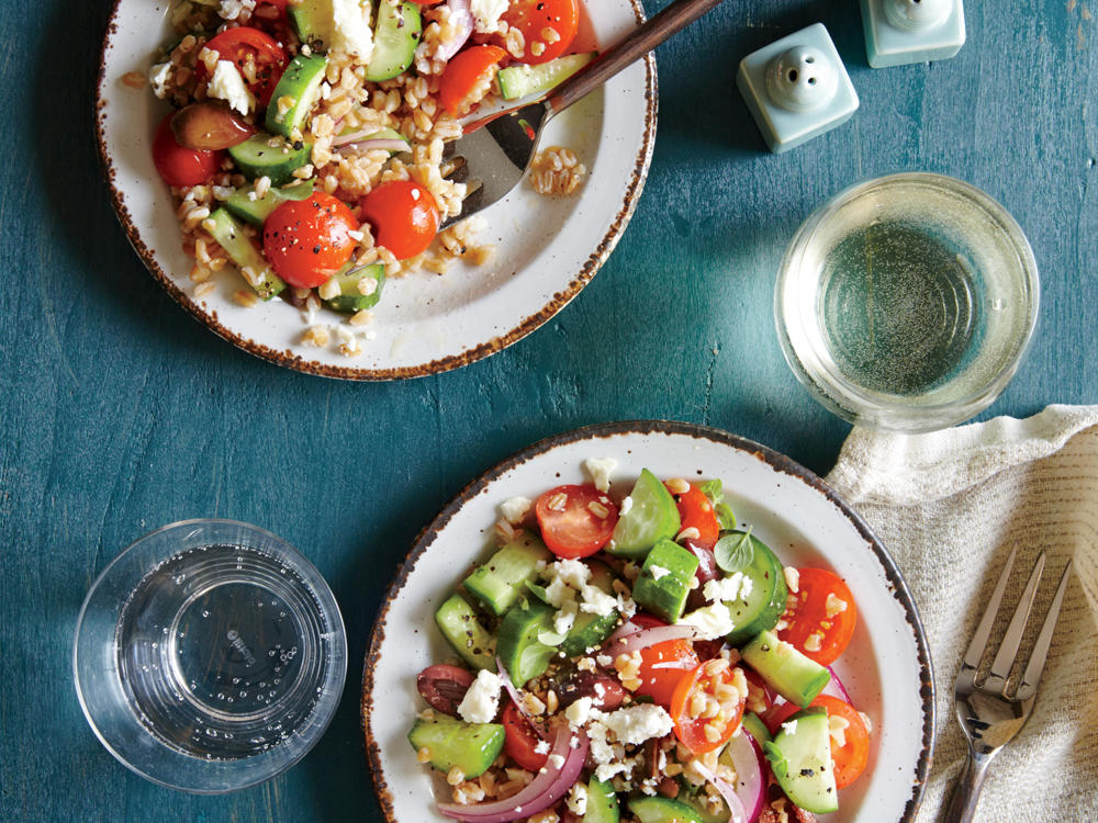 1507 Greek Tomato and Cucumber Salad with Farro
