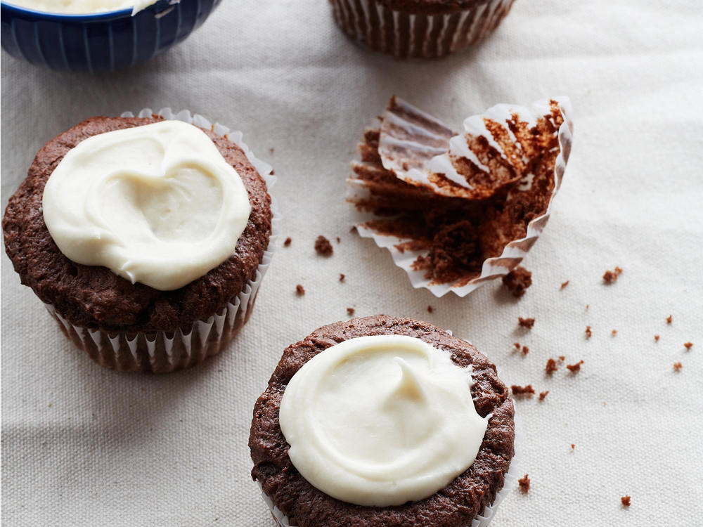 Sour Cream-Cocoa Cupcakes