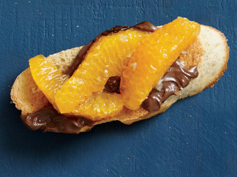 1601 Chocolate-Tangerine Bruschetta