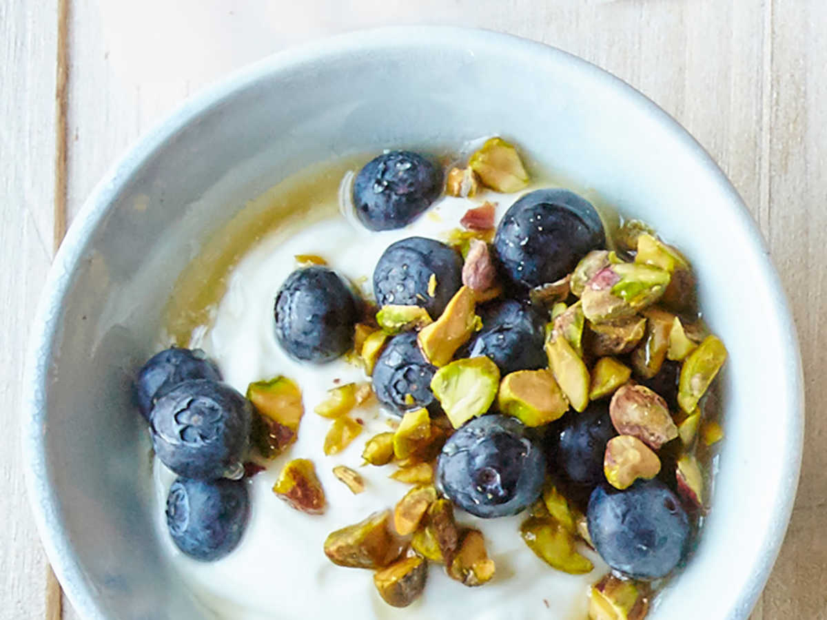 Berry-Pistachio Yogurt