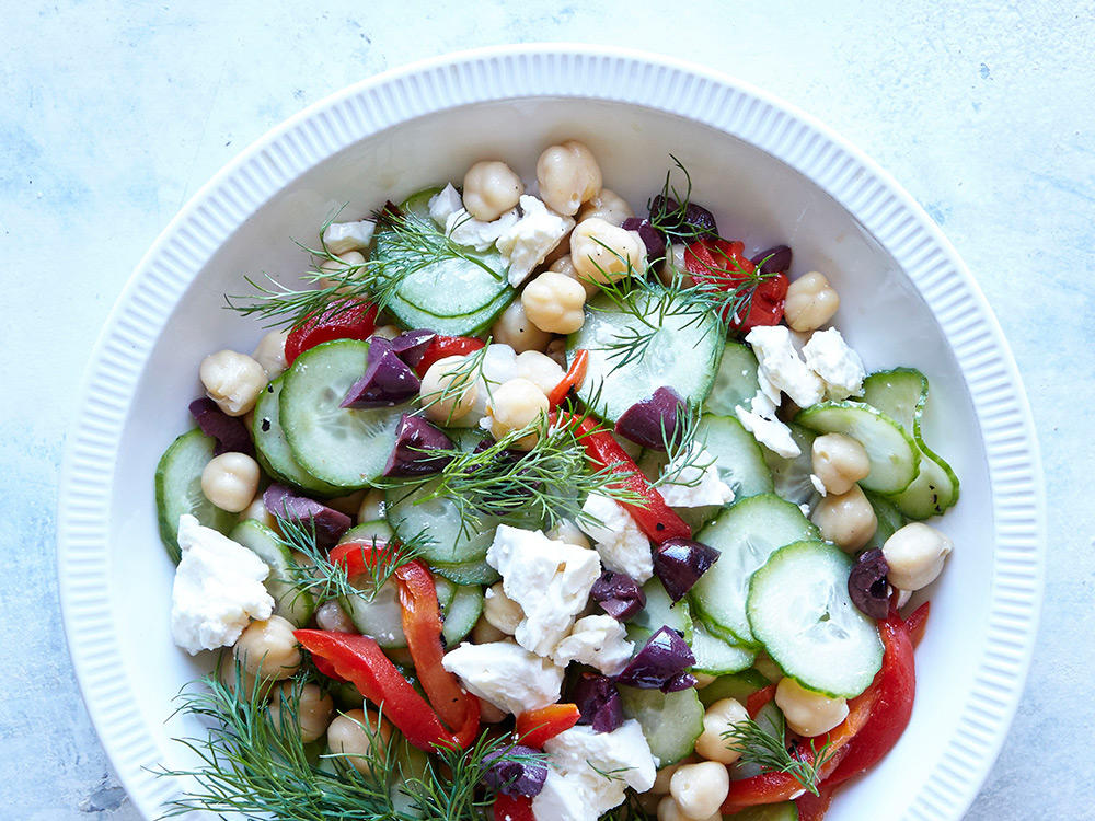 1601 Greek Cucumber and Chickpea Breakfast Salad