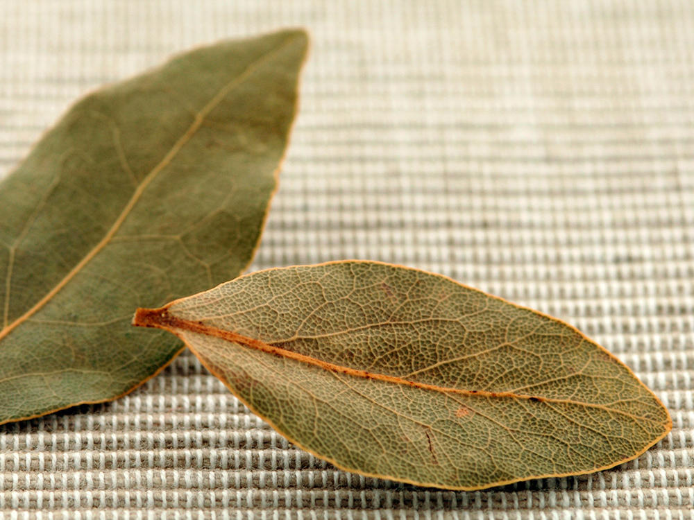 Spice Cabinet Essentials Bay Leaves
