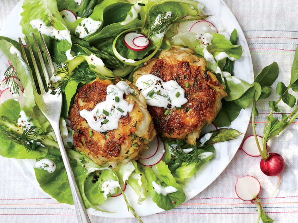 Simple Flaky Crab Cakes