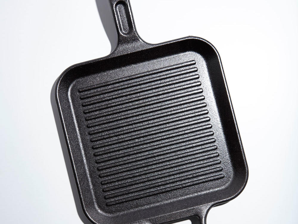 Lodge Pro-Logic 12-inch Square Cast Iron Grill Pan