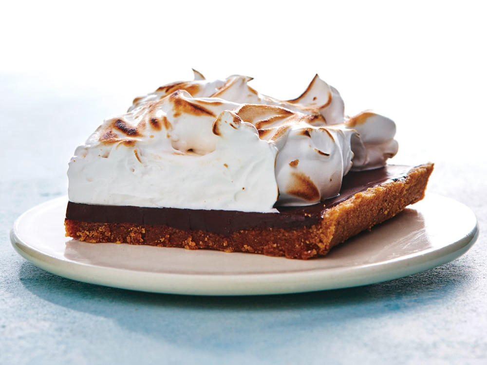 1607 Sheet Pan S'mores - Sunday Strategist