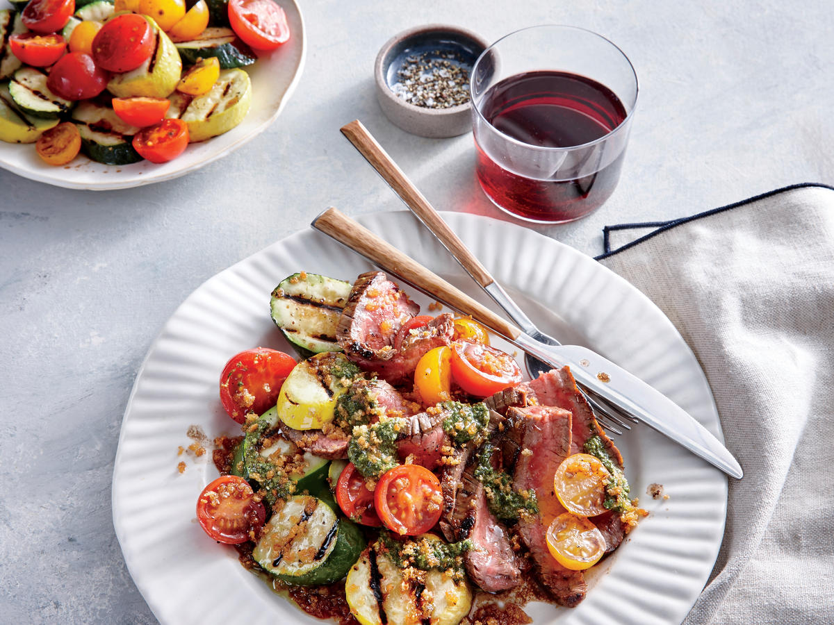 Red Wine-Marinated Steaks with Grilled Vegetables